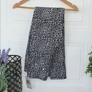 Michael Kors pants NEW pull on stretch Leopard S